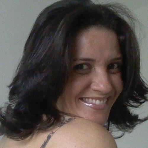 Francilene Oliveira's avatar