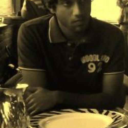 Vivek Anand 29's avatar
