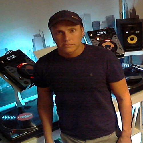 DJ Stabilo's avatar