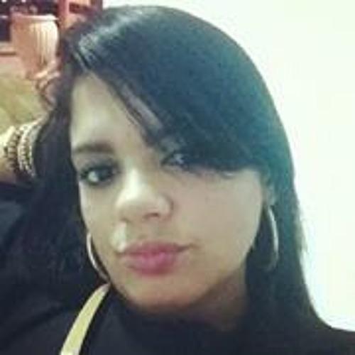 Mara Araujo 4's avatar