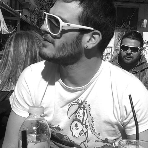 Teo Petrou's avatar