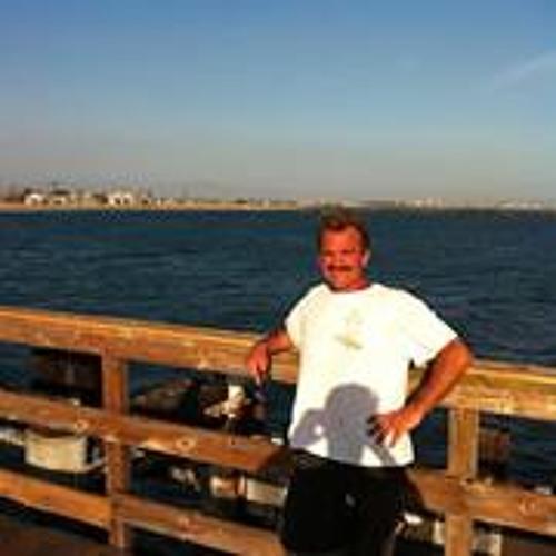 Darrin Almeida's avatar