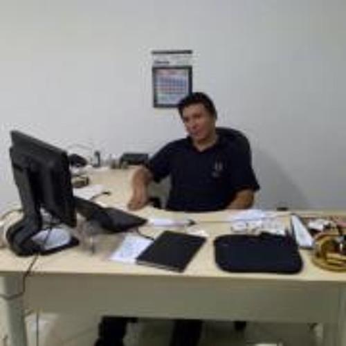 Gustavo Machado 32's avatar