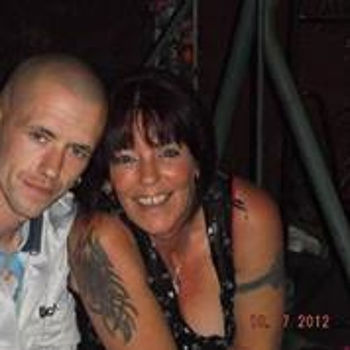 Lynne Warner's avatar