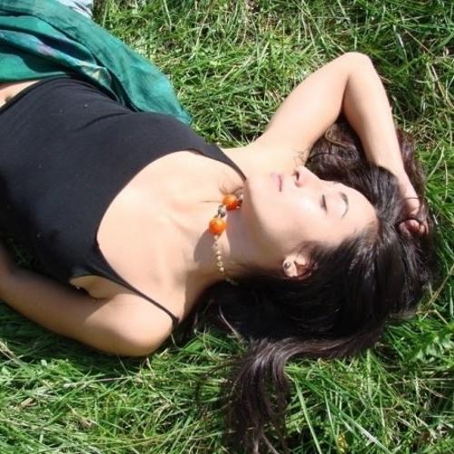 Elena Beglaryan's avatar