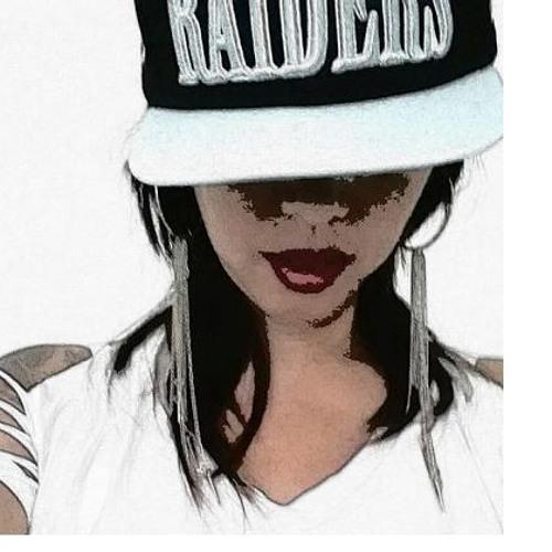 <3 onELove's avatar