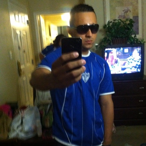 latinlover13's avatar