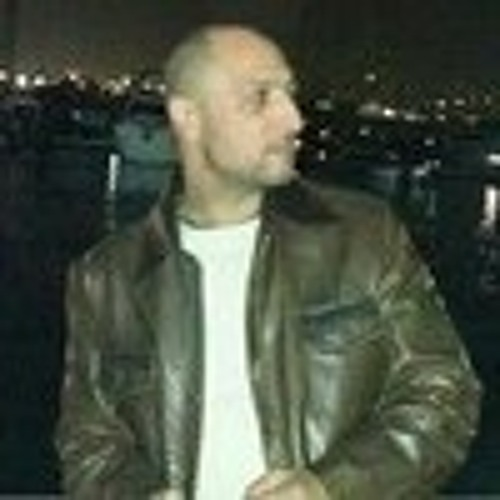 wael fahmy's avatar