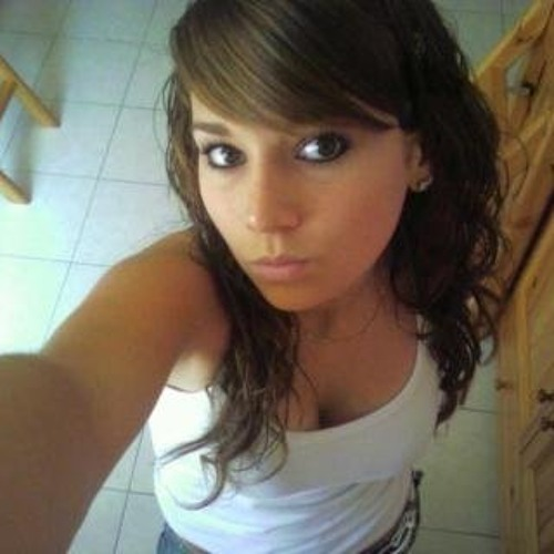 Emilie Wavedub's avatar