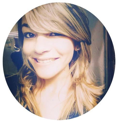 Mayara Nadine's avatar