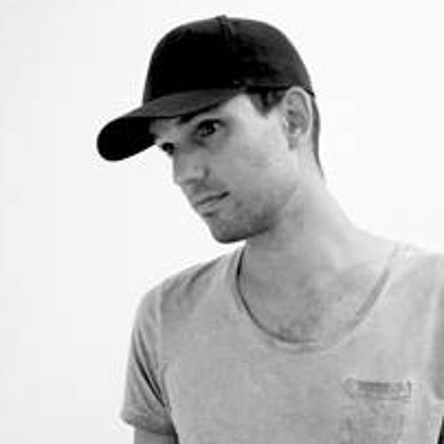 Martin Yeddo's avatar