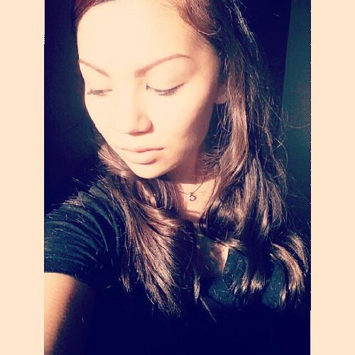 Cassandra Yan's avatar