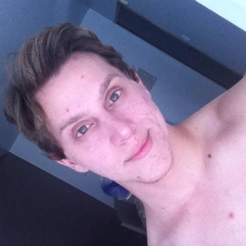 Gustavo Bagarolo's avatar