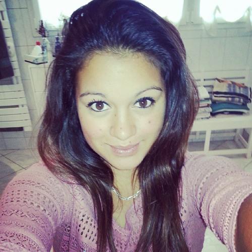 Chloé Bintz's avatar