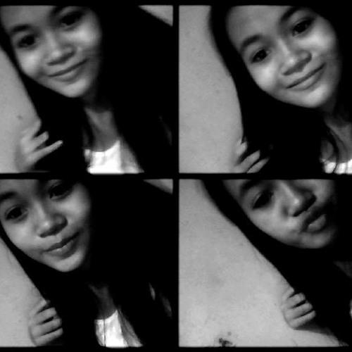 superIris:)'s avatar