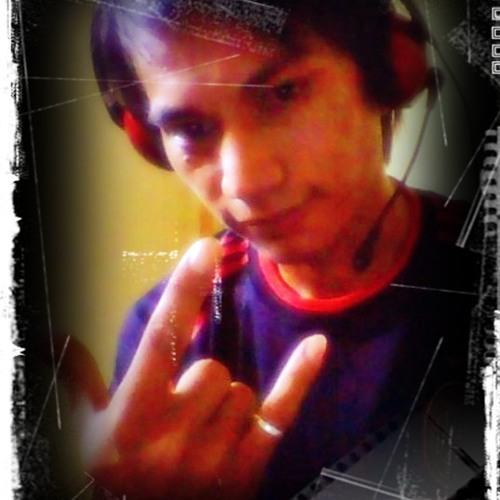 L. M. C ™'s avatar