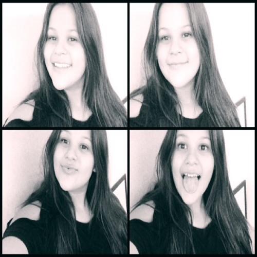 Mia Medrano's avatar