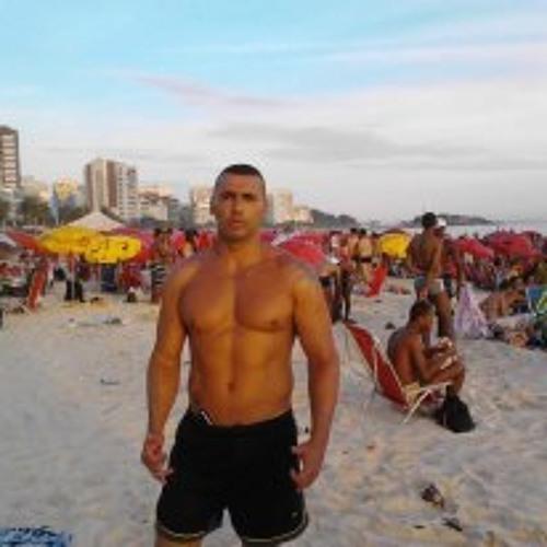 Luciano Andrade 4's avatar