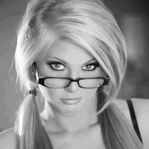 Menna Hafez 1's avatar