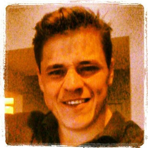KenoBenaPlats's avatar