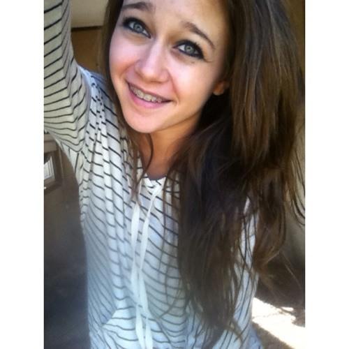 SarahJane689's avatar