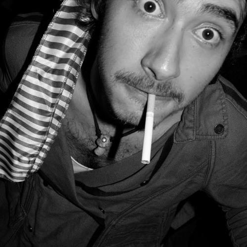 Yaya Serratos's avatar