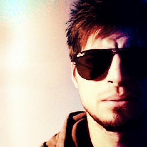 Juanjo Lombardo's avatar