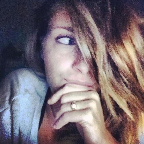 monica-provenza's avatar