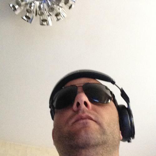 180 °Volkszeugzz's avatar