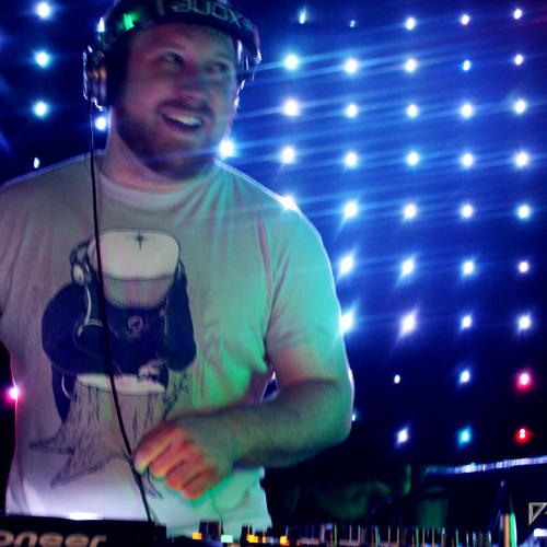 DJ D-Struct's avatar
