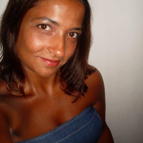 Daniela Abreu 5's avatar
