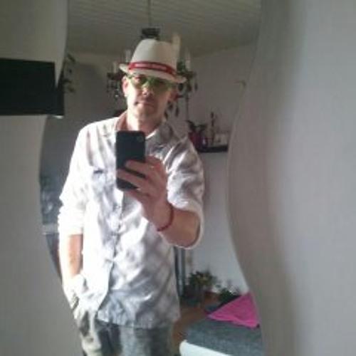Sandro Ruderisch's avatar