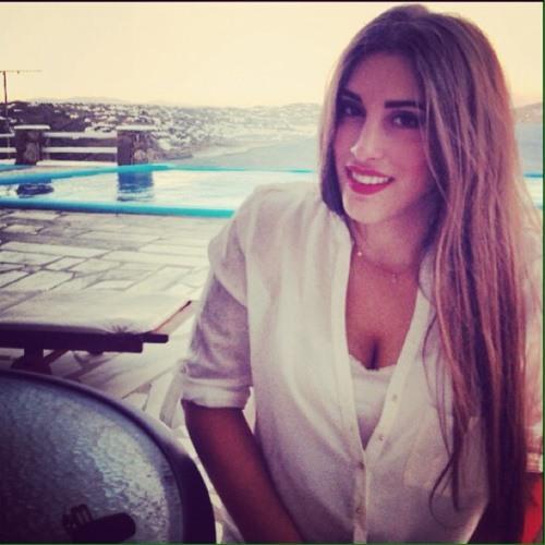 Mariza Chr's avatar