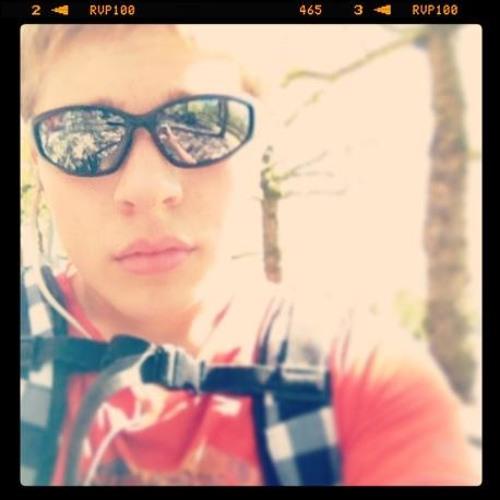 LucianoNooijen's avatar