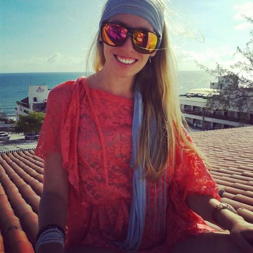 Leilane Delazere's avatar