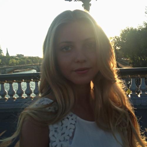 claraplzr's avatar