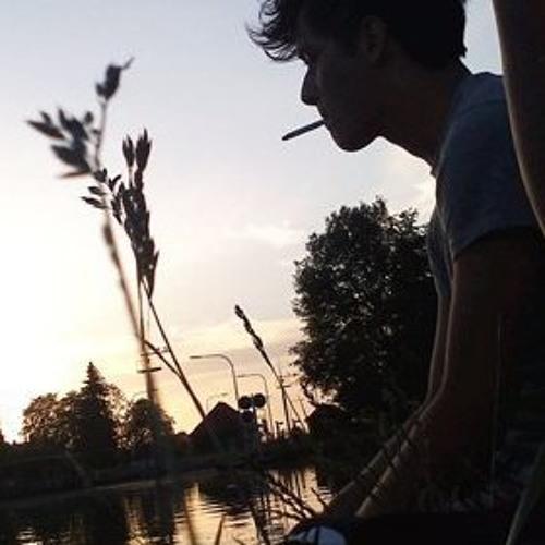 LuisReggaeton's avatar