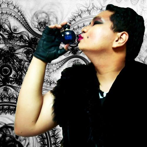 Belle Caroro's avatar