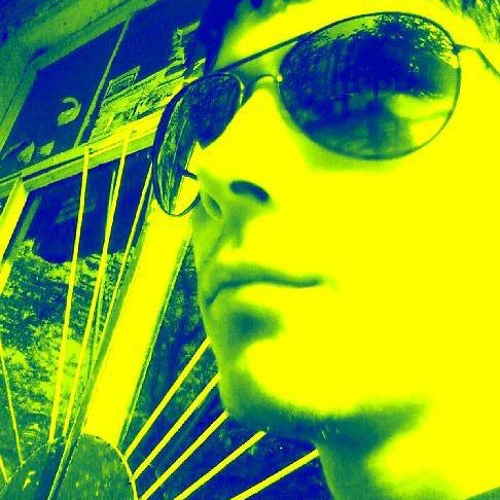 Alex ro's avatar