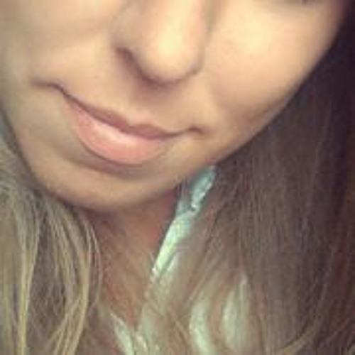 izka1411's avatar