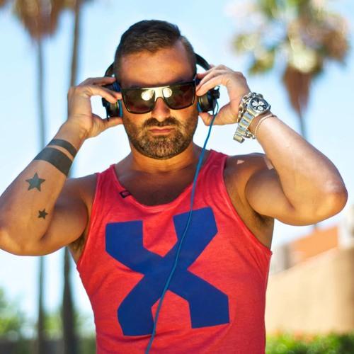 DJ.CarlosDtodos's avatar