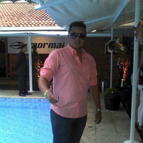 Tony Chagas's avatar
