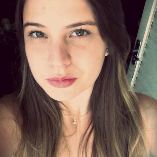 Luana_9's avatar