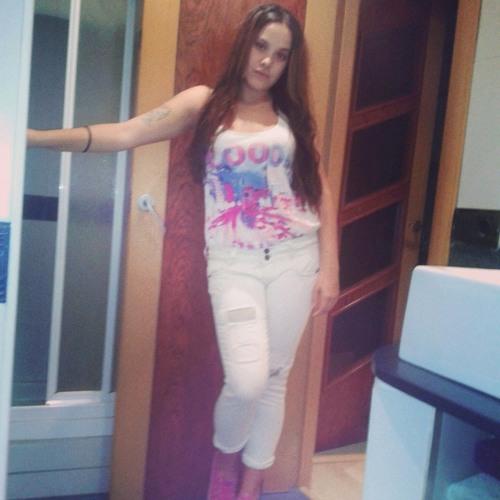 Bea Beita's avatar