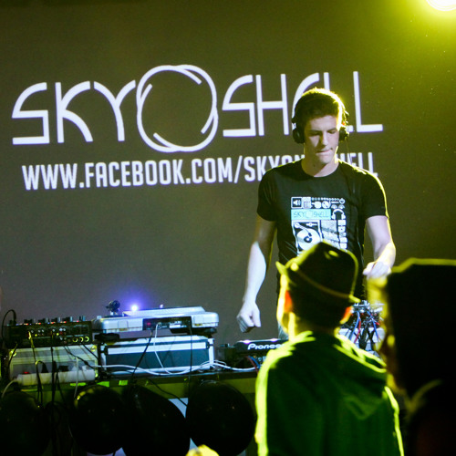Sky&Shell's avatar