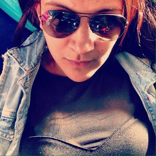 Michelle Nassar's avatar