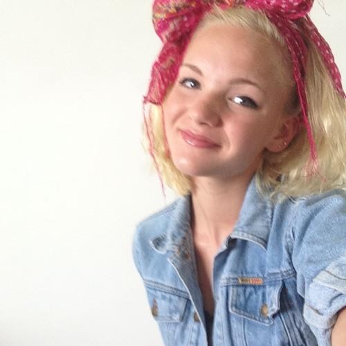 Hannah Elliott's avatar