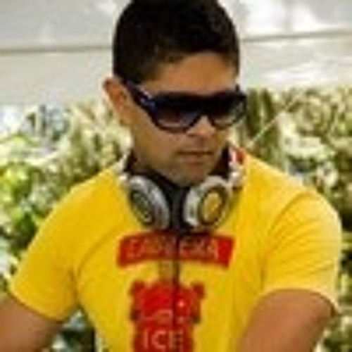 Paolo Gomes's avatar
