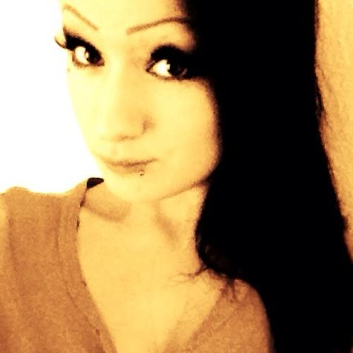 NadiaOutzen's avatar