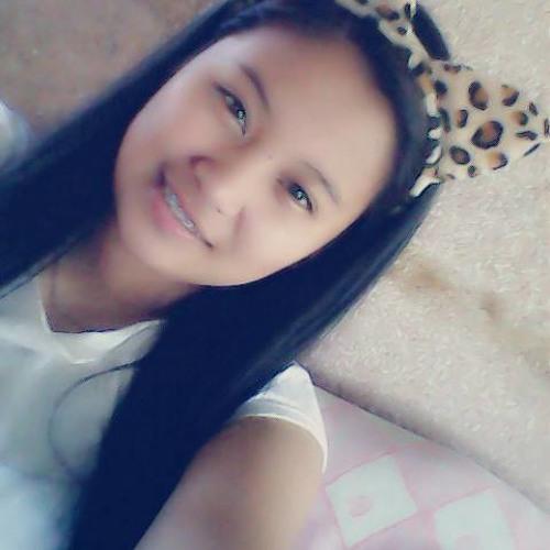 J'Anne:))'s avatar